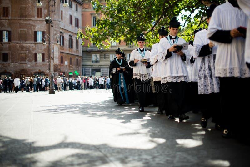 Italië-Rome - 7 September 2017 - viering van de bedevaart van royalty-vrije stock afbeelding