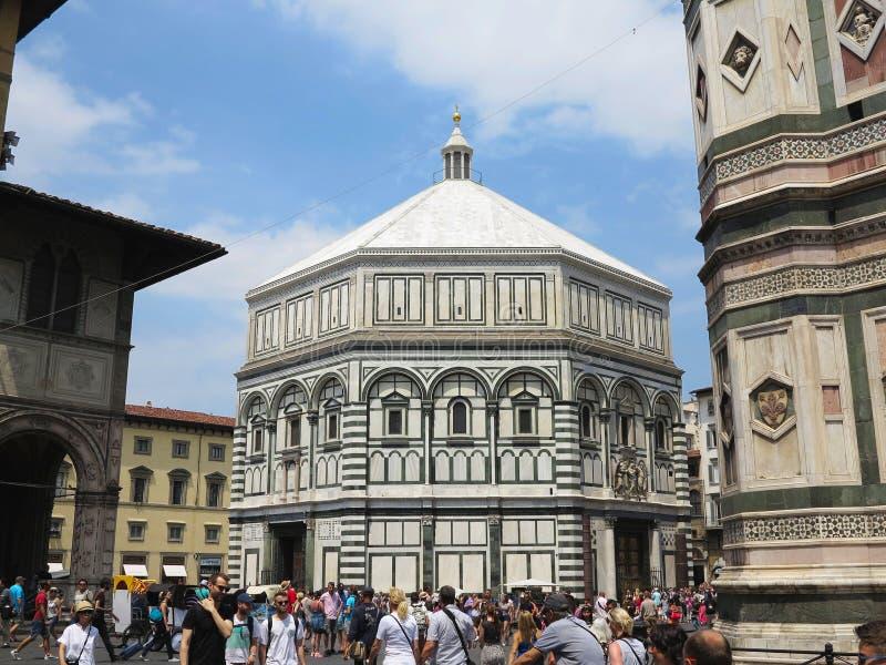 14 06 2017, Italië, Toscanië, Florence: menigten van toeristen op Piaz royalty-vrije stock fotografie