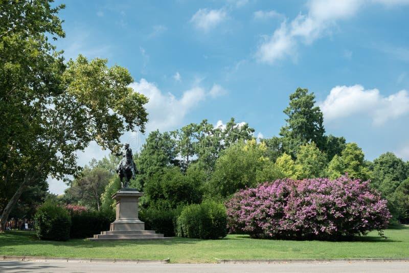 Italia, Bolonia, parque de los jardines de Margherita imagen de archivo