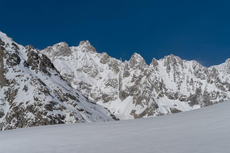 Italia, Courmayeur, gama de Mont Blanc foto de archivo libre de regalías