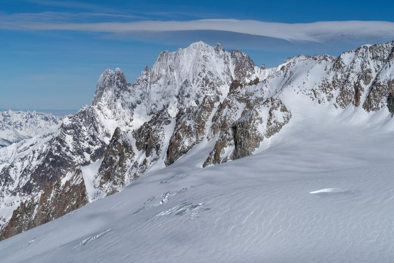 Italia, Courmayeur, gama de Mont Blanc fotos de archivo