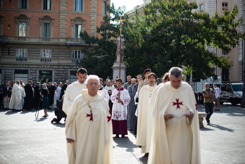 Italia-Roma - 7 de septiembre de 2017 - celebración del peregrinaje de fotografía de archivo