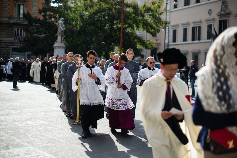 Italia-Roma - 7 de septiembre de 2017 - celebración del peregrinaje de imagenes de archivo