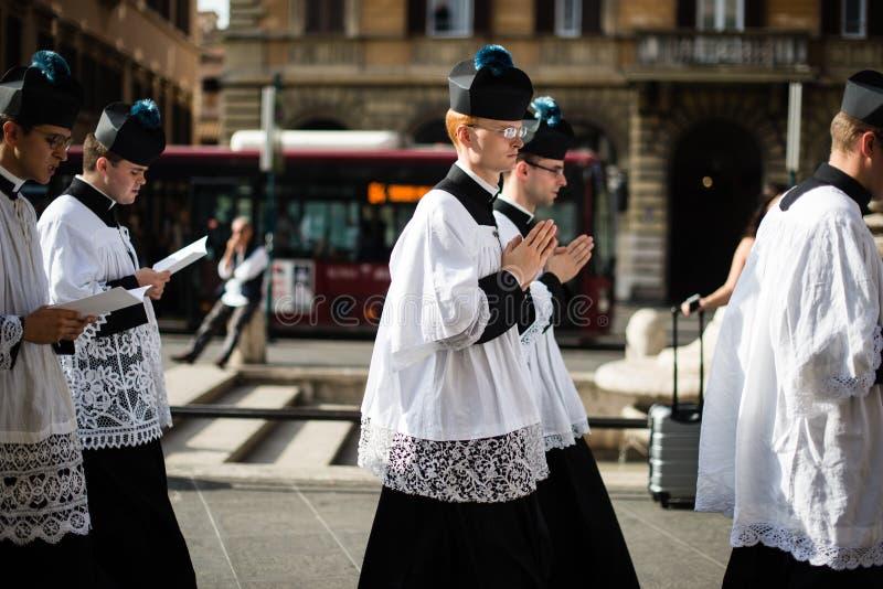 Italia-Roma - 7 de septiembre de 2017 - celebración del peregrinaje de foto de archivo