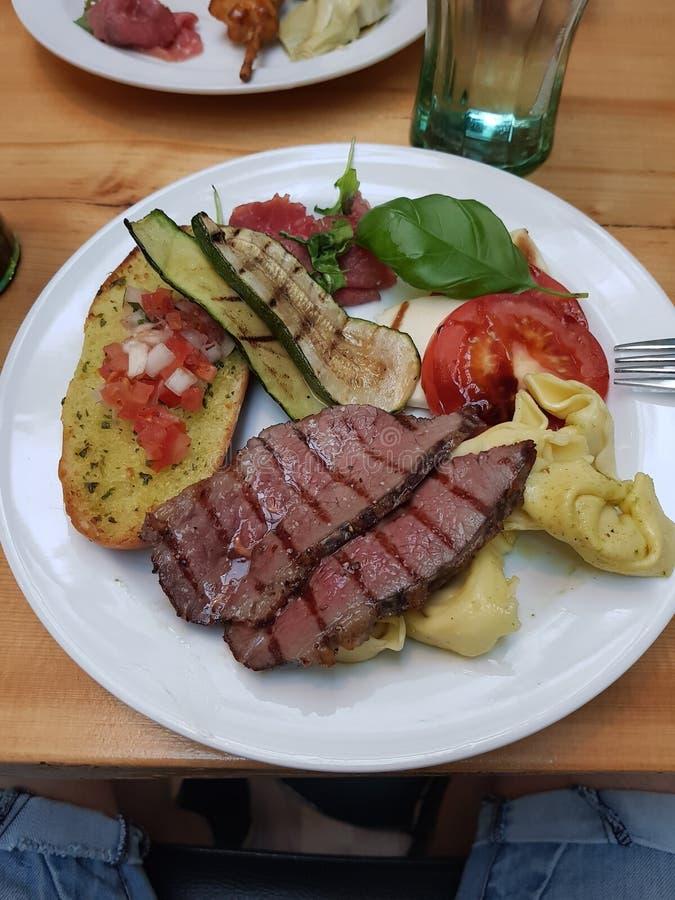 Italiaans buffet stock afbeelding