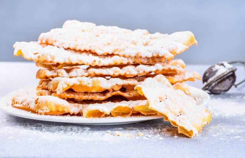 Italiaans Carnaval-gebakje stock afbeeldingen