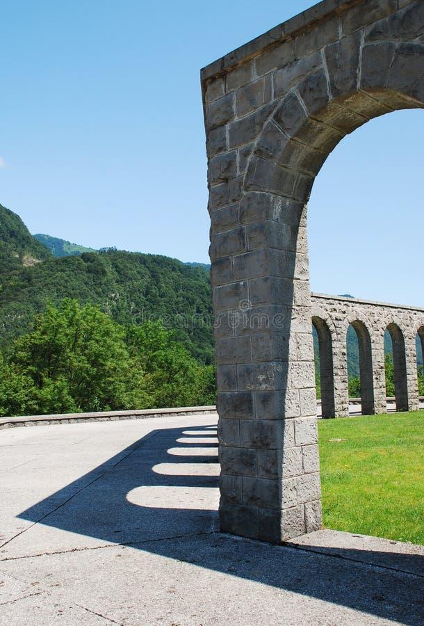 Italiaans Charnal-Huis in Kobarid stock afbeeldingen