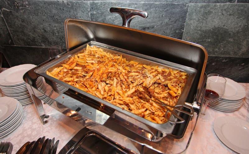 Italiaans enkel gekookt voedsel Kokende Bolognese stock fotografie