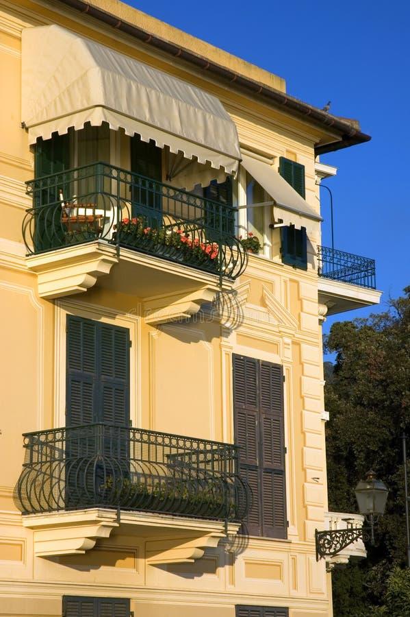 Italiaans Huis stock afbeeldingen