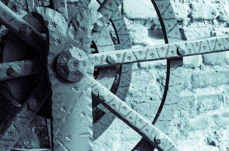 Italiaans middeleeuws kasteel: Ophaalbrugdetail royalty-vrije stock afbeeldingen