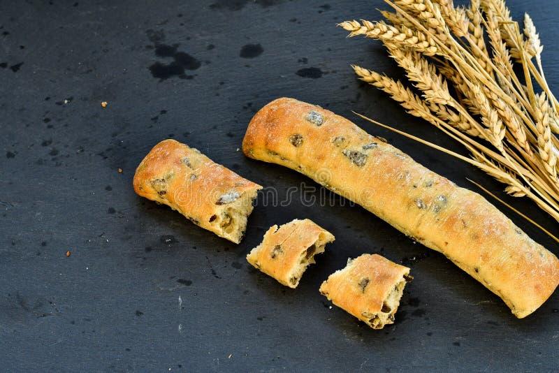 Italiaans olijvenbrood royalty-vrije stock afbeelding
