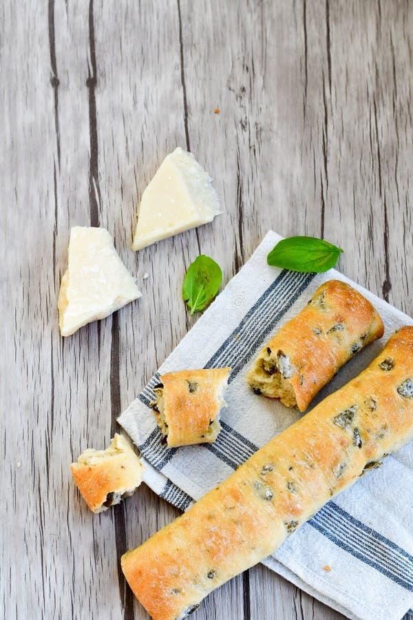 Italiaans olijvenbrood stock afbeeldingen