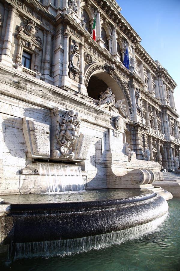 Italiaans Paleis van Rechtvaardigheid in Rome, Italië stock foto