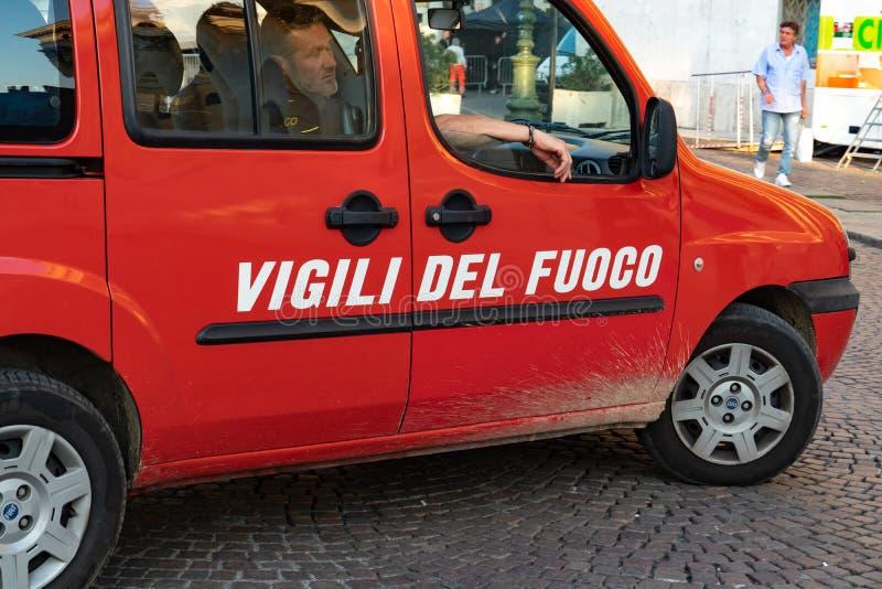 Italiaanse brandweerkorpsauto stock foto's