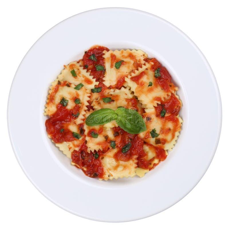 Italiaanse Deegwarenravioli met geïsoleerde de maaltijd van tomatensausnoedels stock afbeeldingen