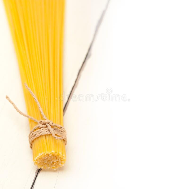 Italiaanse deegwarenspaghetti stock afbeelding