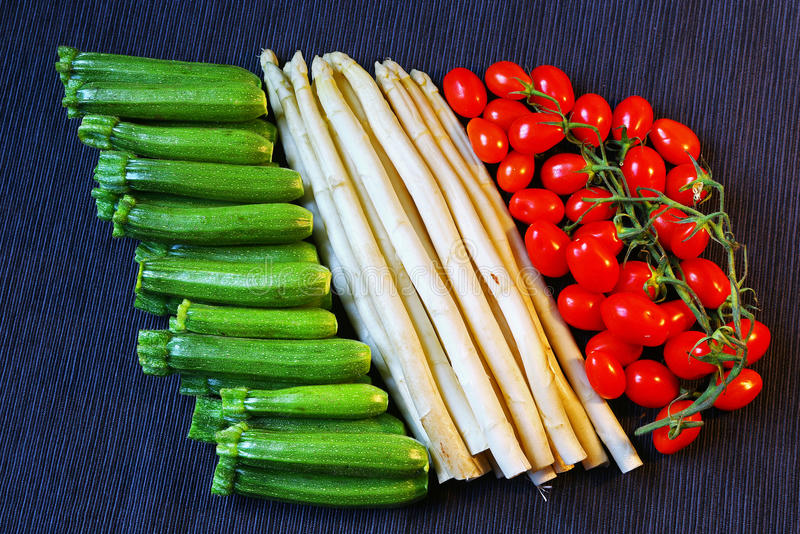 Italiaanse die vlag van groenten wordt gemaakt royalty-vrije stock foto
