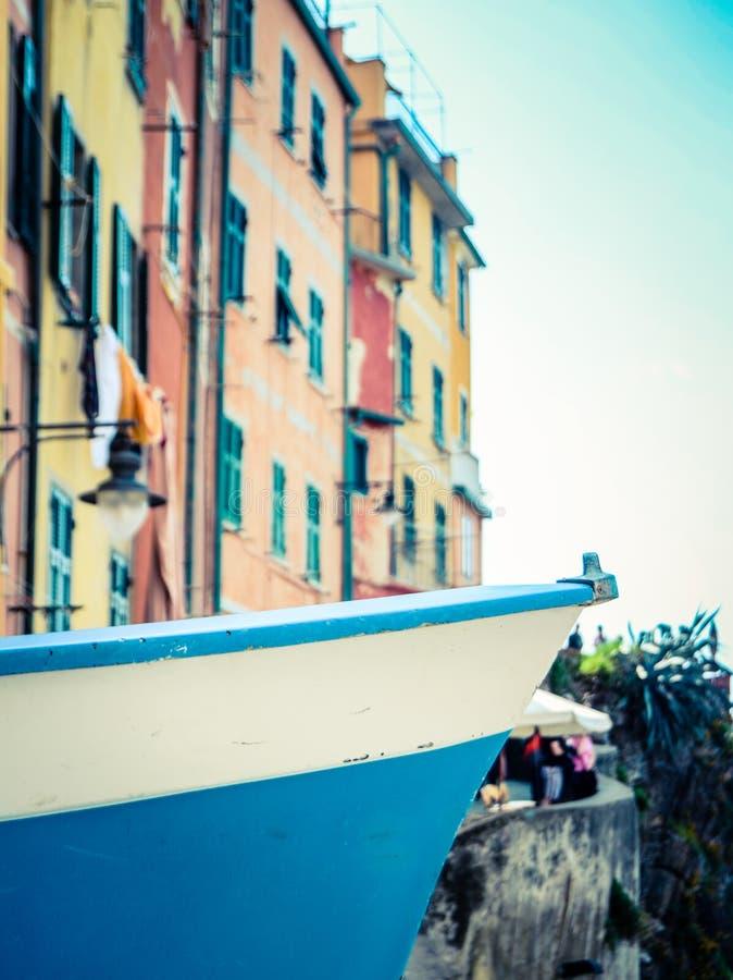 Italiaanse Dorps Vissersboot stock fotografie