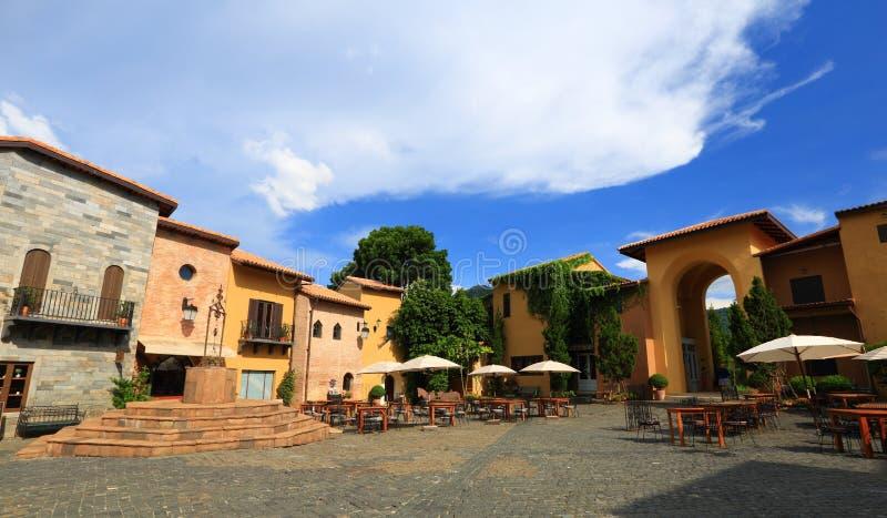 Italiaanse dorpsstijl royalty-vrije stock fotografie