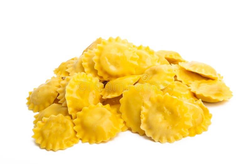 Italiaanse geïsoleerde ravioli stock afbeelding