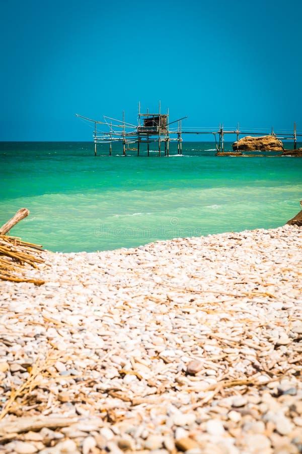 Italiaanse kust in een de zomerdag stock afbeelding