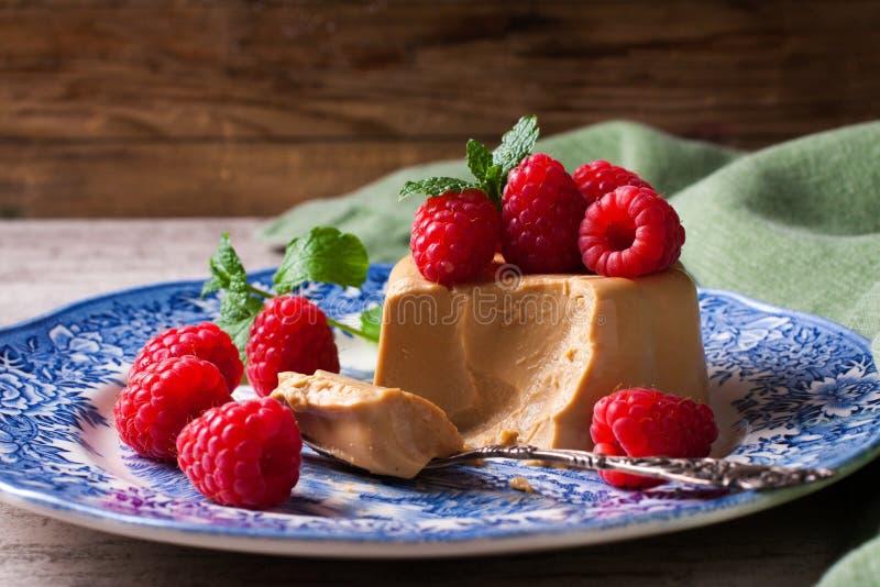 Italiaanse pannacotta van de dessertkoffie stock fotografie