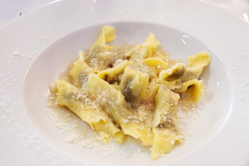 Italiaanse ravioli stock foto