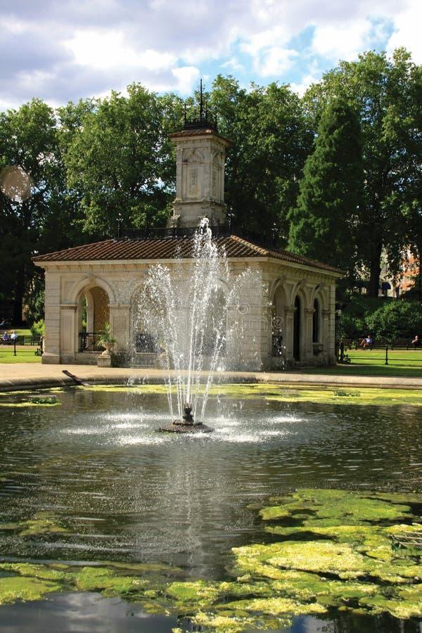 Italiaanse Tuin bij Tuinen Kensington royalty-vrije stock foto