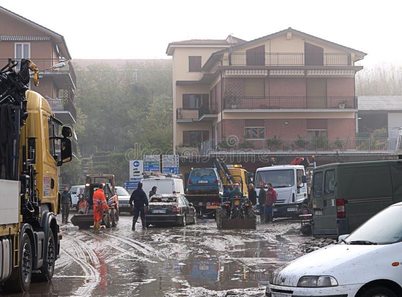 Italiaanse vloednasleep en schoonmaakbeurt, algemene mening royalty-vrije stock afbeeldingen