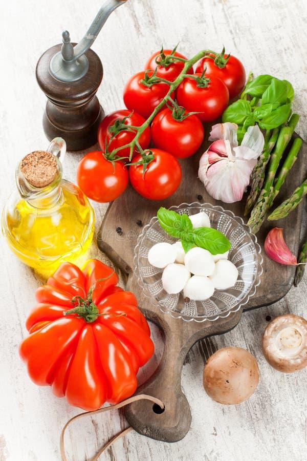 Italiaanse voedselachtergrond royalty-vrije stock afbeeldingen