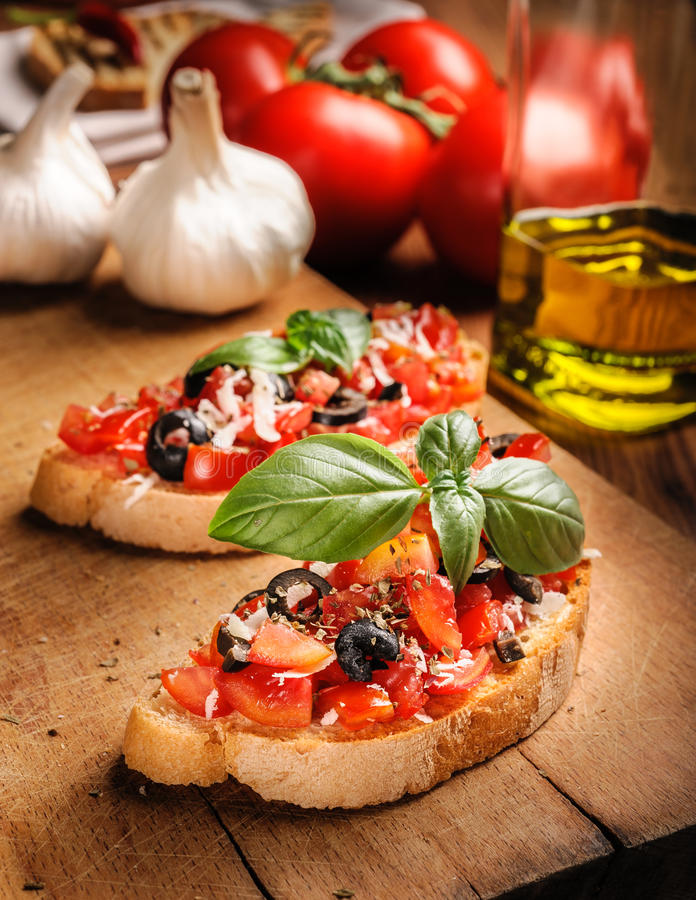 Free Italian Bruschetta With Tomatoes Stock Images - 25825044