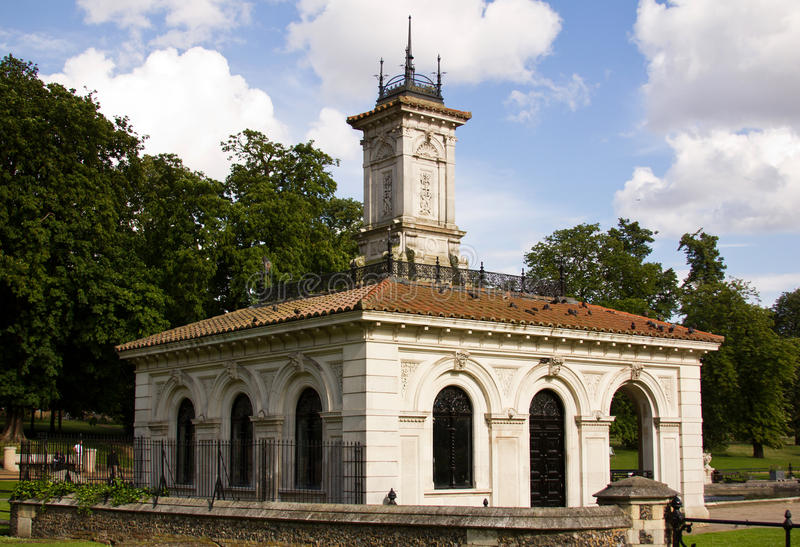 Download Italian Gardens In Hyde Park Stock Image - Image: 24630421