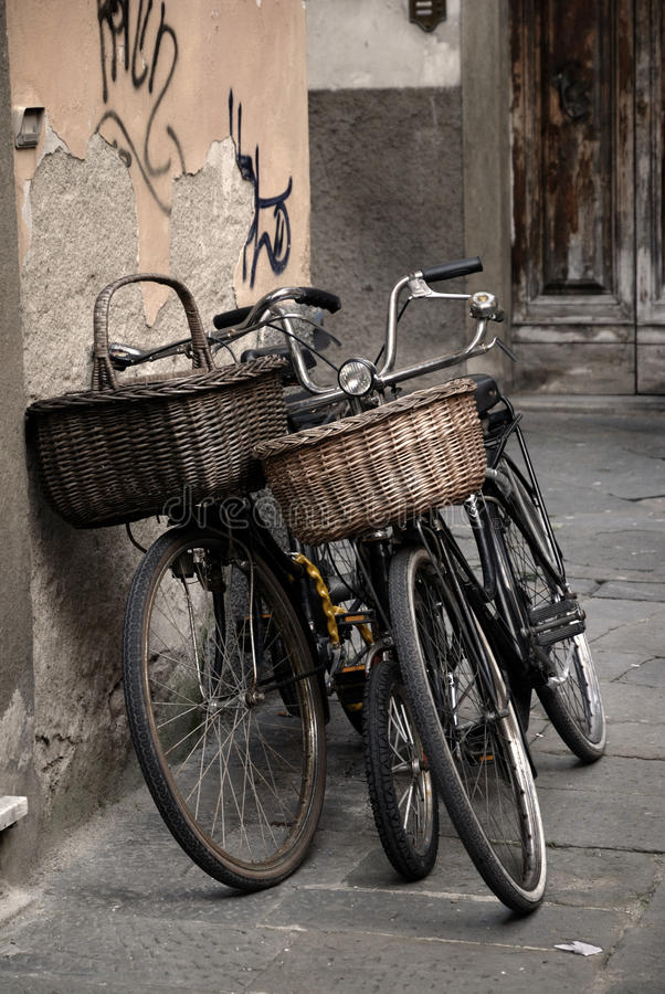 Italian old-style bicycles in Lucca, Tuscany stock photos