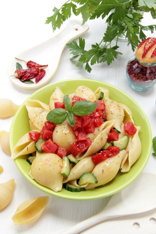 Free Italian Pasta Whit Tomato End Basil Royalty Free Stock Photo - 25421135