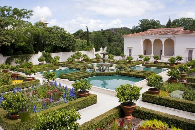 Italian renaissance garden stock photo image 53447529 for Jardines italianos