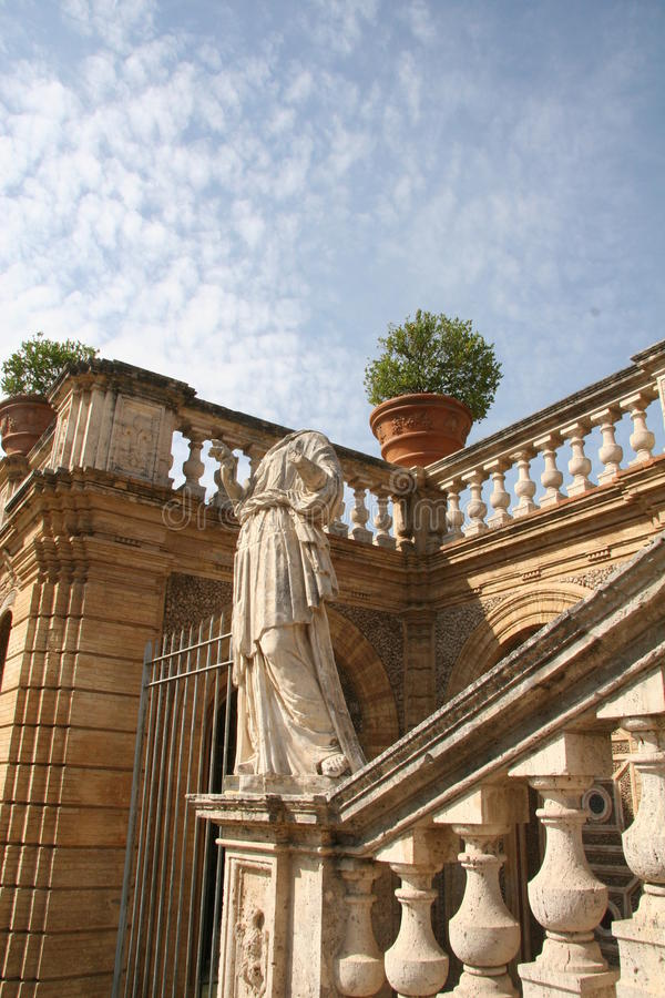 Download Italian Villa Garden In Rome Stock Image - Image: 11930589