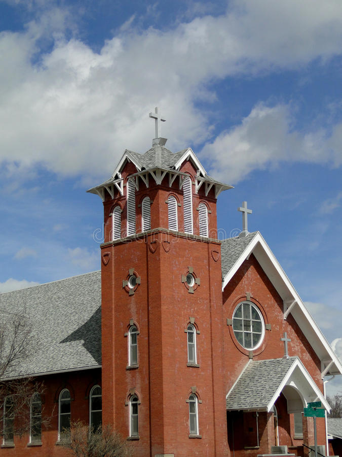 1912 Italianate Style Church. St. Agnes Catholic Church displays Italianate style architecture and has been a landmark in Weiser, Idaho since 1912 stock photos