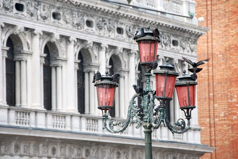 Italien arkitekturdetaljer arkivbilder