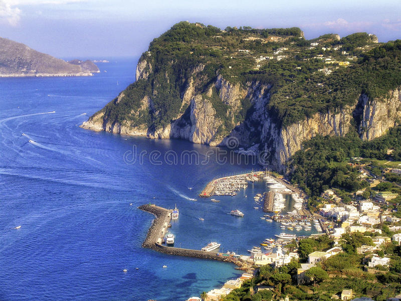 Italien Capri Hafen lizenzfreie stockfotos