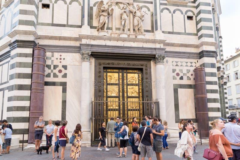 ITALIEN FLORENCE UTFÄRDA UTEGÅNGSFÖRBUD FÖR PARADIS royaltyfri fotografi