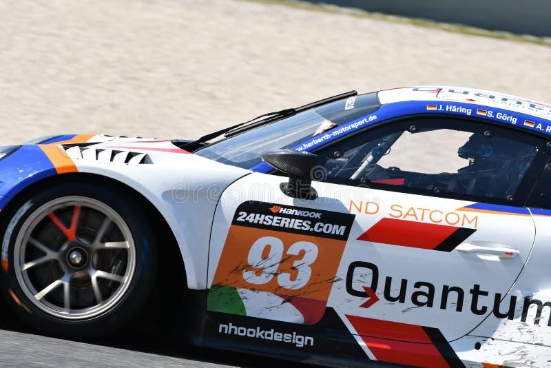 Italien - 29. März 2019: Porsche 911 GT3 R von Herberth-Motorsport-Deutschland-Team lizenzfreie stockfotos