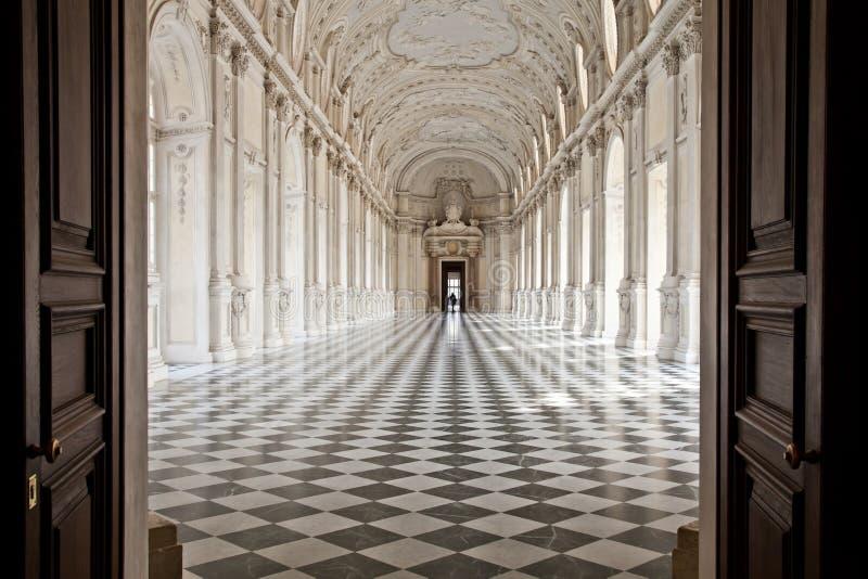 Italien - Royal Palace: Galleria di Diana, Venaria stockbild