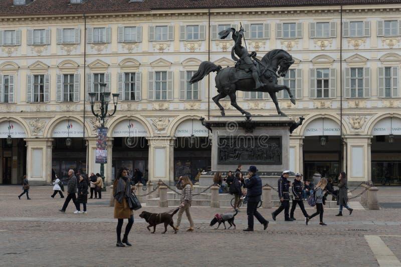 Italien Turin - San Carlo Square, mars 2018 fotografering för bildbyråer