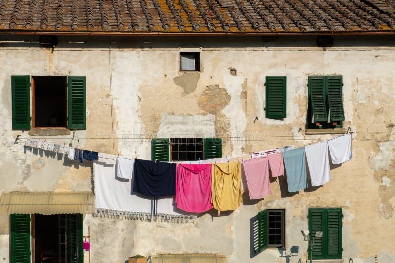Italien Tuscany, landskapet av Florence, Greve i Chianti, gammal stadslott royaltyfria bilder