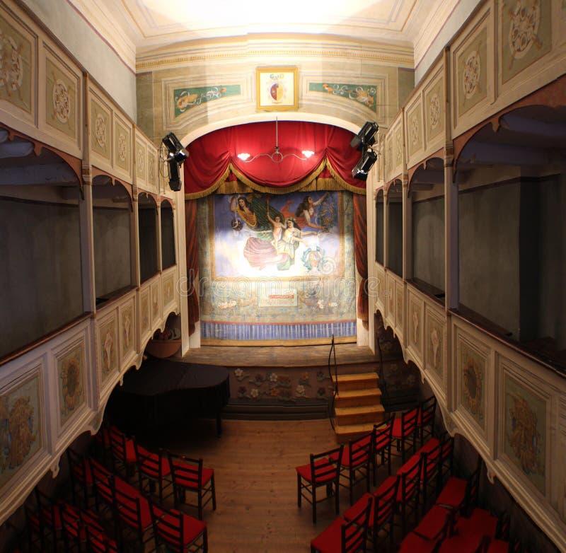 Italien - Tuscany - Vetriano den minsta teatern arkivbild
