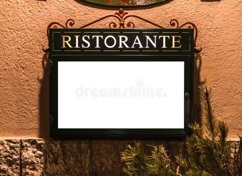 Italienare Resturant utanför menymodell royaltyfri bild