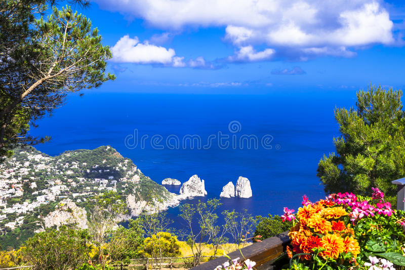 Italienareferier - Capri ö arkivfoton