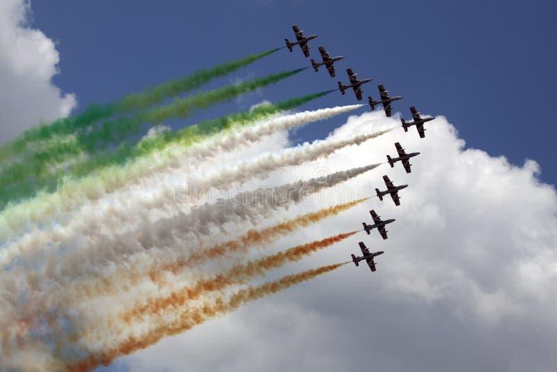 Italienische Flagge in der Luft stockfotografie