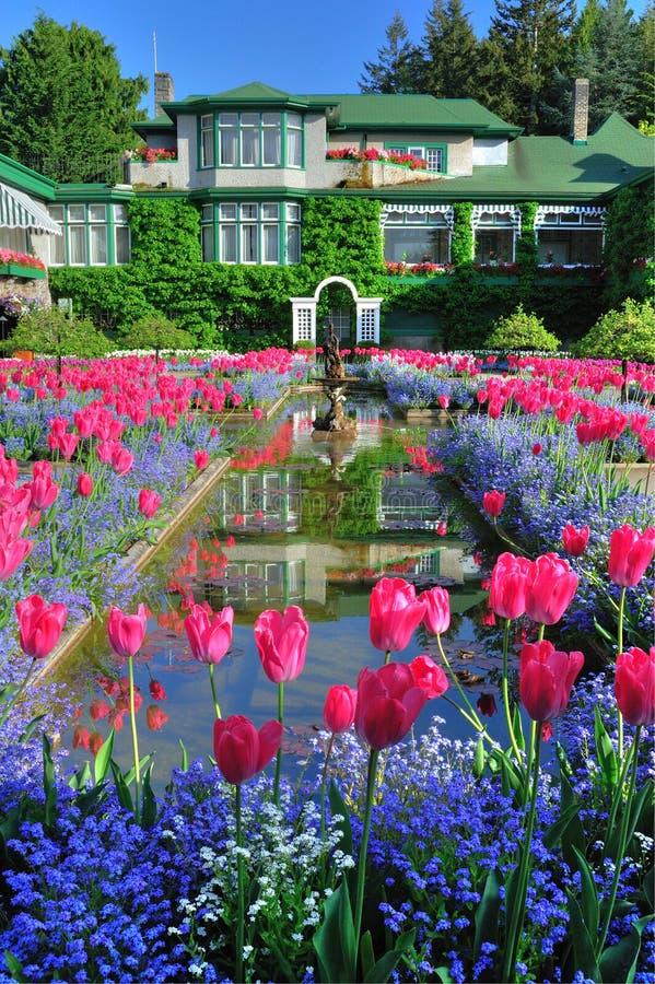 Italienische Gartenlandschaftsgestaltung lizenzfreie stockfotografie