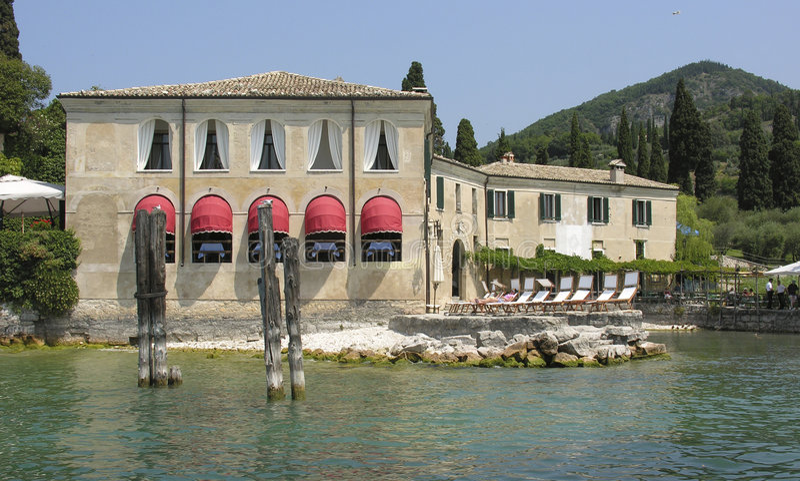 Italienische Gaststätte stockbild